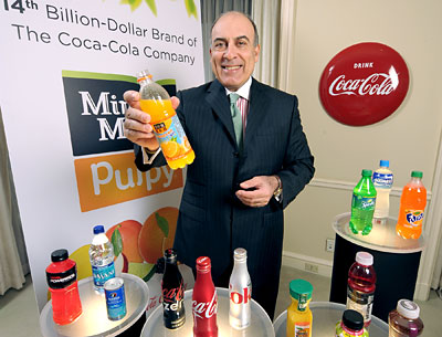 Muhtar Kent, Coca-Cola's chairman-CEO, holds Minute Maid Pulpy, Coca-Cola's 14th billion-dollar brand. It was developed in the Atlanta-based company's Shanghai R&D Center.