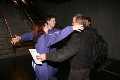 Yahoo's professional huggers set the mood
