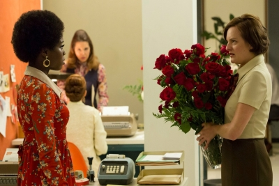 Shirley (Sola Bamis) and Peggy Olson (Elisabeth Moss) in 'A Day's Work'