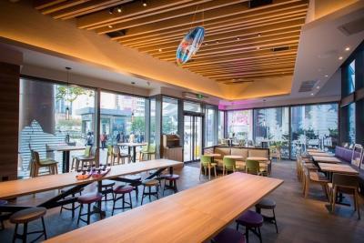 Taco Bell Shanghai interior