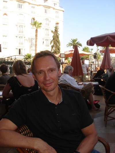 JWT's Craig Davis (a bit outside the cafe, on the Majestic terrace)