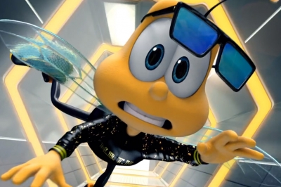 The Honey Nut Cheerios mascot Buzz the Bee raps 'Must Be the Honey,' a version of Nelly's 'Ride Wit Me'