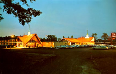 A 1960's postcard view of the Howard Johnson's in Plattsburgh, N.Y.