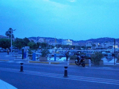 A dusk view from old Cannes