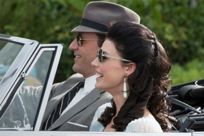 Don Draper (Jon Hamm) and Megan Draper (Jessica Pare)