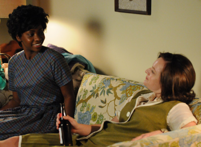Dawn Chambers (Teyonah Parris) and Peggy Olson (Elisabeth Moss)