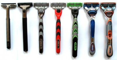 The evolution of Gillette shaving razors.