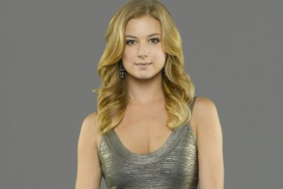 Emily VanCamp as Emily Thorne/Amanda Clarke on 'Revenge.' Would it hurt so much to catch up by VOD instead of your DVR?