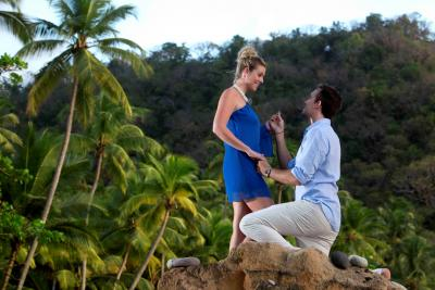 Since Jaun Pablo didn't do it, a resort exec's son showed how a proposal there would look.