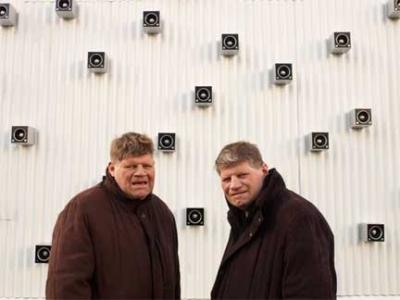 Seydisfjordur twins