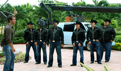 State Farm-backed reality show 'La Banda Del Pueblo' begins airing on Telemundo on Sept. 13.