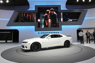 Automakers Hit the Gas on Marketing Spending