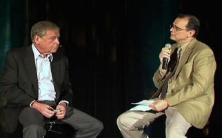 ANA Q&A: ANA President-CEO Bob Liodice (r.) interviews Omnicom President-CEO John Wren.