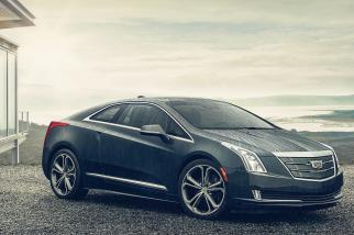 Cadillac Roars Ahead With Ads Despite No New Models to Pitch