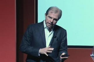 Video from IDEA '08: Nicholas Negroponte