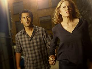 Zombies Devour VMAs on MTV as 'Fear the Walking Dead' Returns Strong