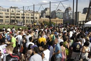 Fanatic NYC crowd