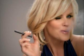 Jenny McCarthy for Blu e-cigarettes