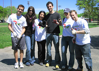 The Advertising Club of Young Professionals is continuing its volunteer efforts in New York.