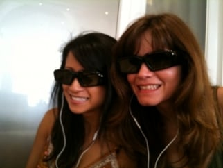 Creativity's Ann Diaz and Teressa Iezzi get ready to experience the magic of AT&T in 3D