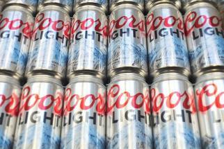 Big Beer Churns Through the Agencies, Still Comes Up Flat