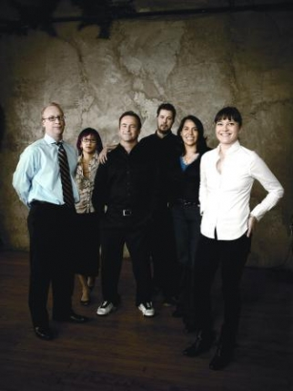 From Left: Judd Merkel, Mindy Liu, Ben Nott, Scott Witt, Jennifer Candelario, Sally-Ann Dale of Droga5