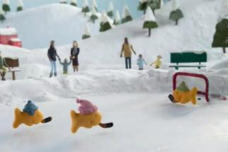 Goldfish Crackers Enjoy a Snow Day: It's Last Night's New Ads