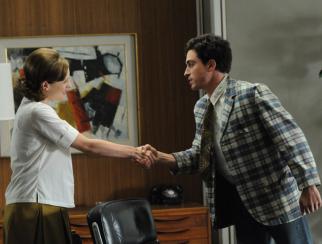 Peggy Olson (Elisabeth Moss) and Michael Ginsberg (Ben Feldman)