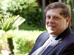 Mark Penn Gets Run Over on the Way to the White House