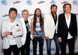 Duran Duran and DJ Steve Aoki debuted a remix of 'Hungry Like The Wolf' at Trident's 'See What Unfolds Live' event in New York.