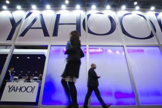 Yahoo's Data Hacks Seen Unlikely to be Deal-Breaker for Verizon