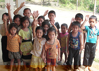 Ban Lad Hane schoolchildren who will benefit from the school Wunderman is building.