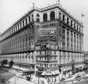 The Macy's in Herald Square, New York City, 1907.