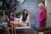 Ms. White on the set of 'Hot in Cleveland.'