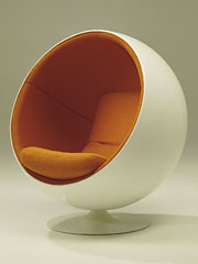 An Aarnio ball chair's curves are a pleasure to look at.