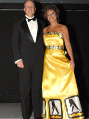 She was all yellow: Gage walks the talk at Yellow Pages awards.