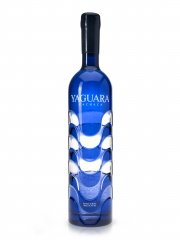 Yaguara's stunning bottle catches attention and displays cachaça prominently on shelves.
