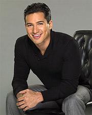 'Extra' host Mario Lopez