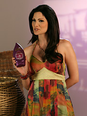 Malena, the main character in a Univision online novela, holds up a Caress product. The Unilever brand is heavily integrated into the serial.