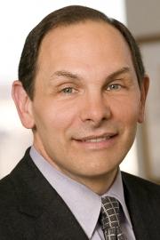 P&G CEO Bob McDonald facing investor pressure