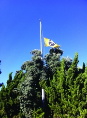 The TBWA Pirate flag in L.A. flies at half mast in a tribute to Jobs.