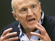 Former GE CEO Jack Welch and Hill Holliday founder Jack Connors have an interest in buying the 'Boston Globe' from the New York Times Co.