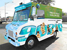 Branded ice-cream trucks gave away ice cream and '90210' info at waterfront locations in LA, NY and Chicago.