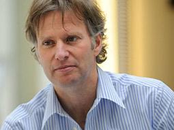 Rob de Groot: Reckitt's exec VP-North America and Australia/New Zealand.