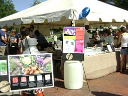 Sustainable markets are popping up near college campuses.