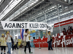 Anti-government protesters have kept Bangkok's Suvarnabhumi International Airport at a standstill since last week.