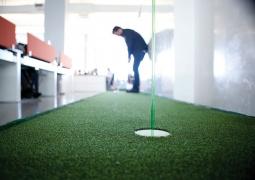 Zubi Miami has office golf.