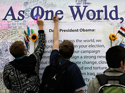 Hope: Obama supporters at Lincoln Memorial.