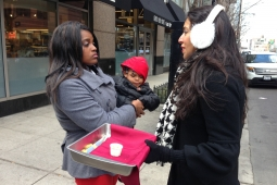 Vani Hari makes her case to consumers in Chicago.