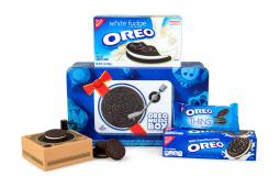 Oreo music box gift pack